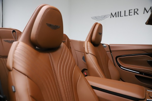 New 2021 Aston Martin DB11 Volante for sale $272,686 at Pagani of Greenwich in Greenwich CT 06830 24