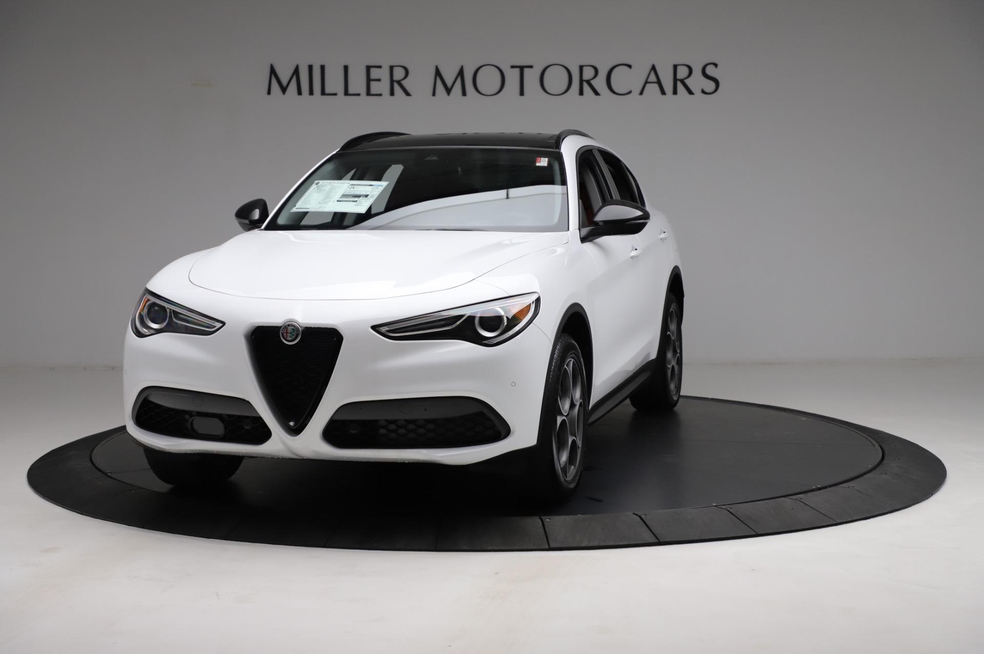 New 2021 Alfa Romeo Stelvio Q4 for sale $49,935 at Pagani of Greenwich in Greenwich CT 06830 1