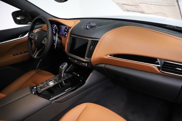New 2021 Maserati Levante S Q4 for sale Sold at Pagani of Greenwich in Greenwich CT 06830 24