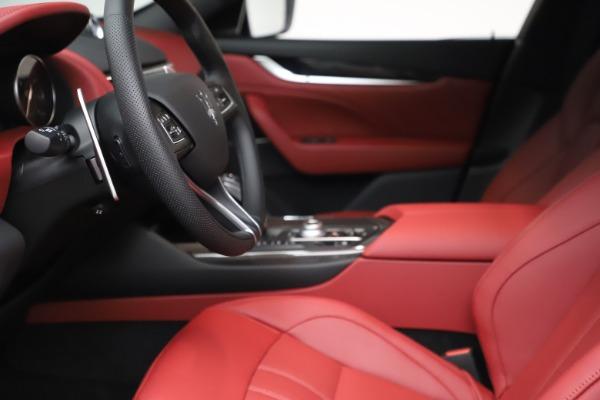New 2021 Maserati Levante S Q4 GranSport for sale $105,835 at Pagani of Greenwich in Greenwich CT 06830 15
