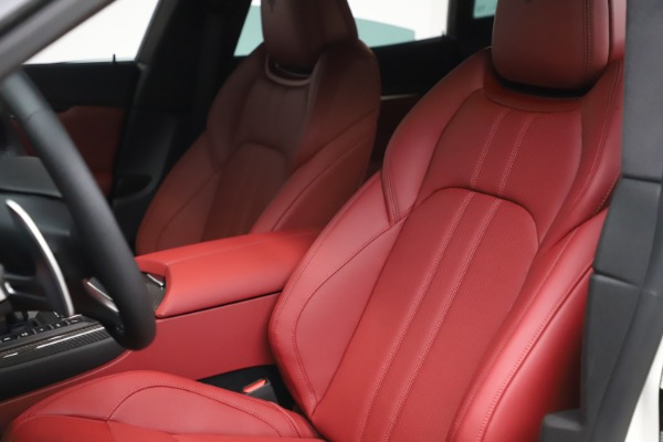 New 2021 Maserati Levante S Q4 GranSport for sale $105,835 at Pagani of Greenwich in Greenwich CT 06830 16