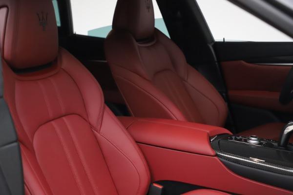 New 2021 Maserati Levante S Q4 GranSport for sale $105,835 at Pagani of Greenwich in Greenwich CT 06830 19