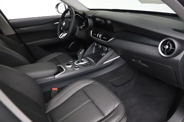 New 2021 Alfa Romeo Stelvio Q4 for sale $49,785 at Pagani of Greenwich in Greenwich CT 06830 22
