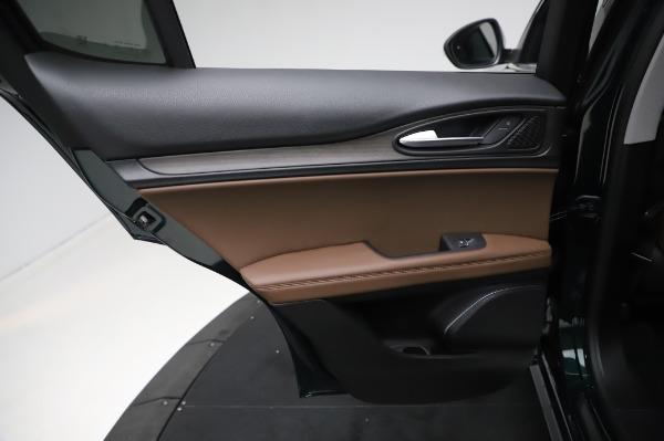 New 2021 Alfa Romeo Stelvio Ti Q4 for sale $54,000 at Pagani of Greenwich in Greenwich CT 06830 21