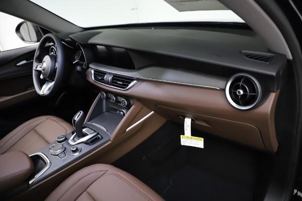 New 2021 Alfa Romeo Stelvio Ti Q4 for sale $54,000 at Pagani of Greenwich in Greenwich CT 06830 22