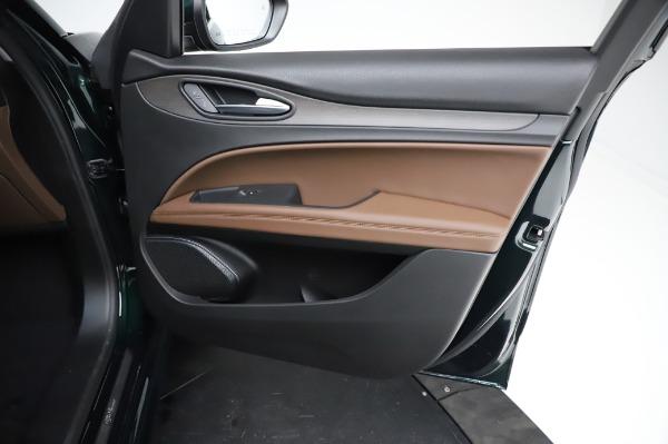 New 2021 Alfa Romeo Stelvio Ti Q4 for sale $54,000 at Pagani of Greenwich in Greenwich CT 06830 24