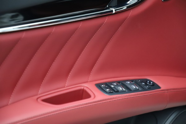 New 2021 Maserati Quattroporte S Q4 GranLusso for sale $122,349 at Pagani of Greenwich in Greenwich CT 06830 10