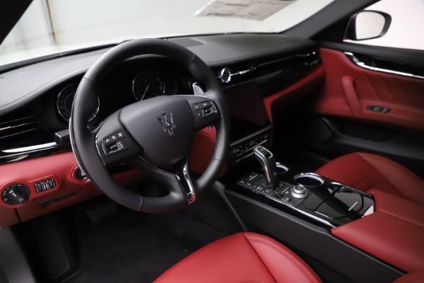 New 2021 Maserati Quattroporte S Q4 GranLusso for sale $122,349 at Pagani of Greenwich in Greenwich CT 06830 12