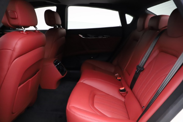 New 2021 Maserati Quattroporte S Q4 GranLusso for sale $122,349 at Pagani of Greenwich in Greenwich CT 06830 21