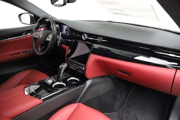 New 2021 Maserati Quattroporte S Q4 GranLusso for sale $122,349 at Pagani of Greenwich in Greenwich CT 06830 24