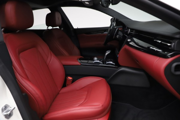New 2021 Maserati Quattroporte S Q4 GranLusso for sale $122,349 at Pagani of Greenwich in Greenwich CT 06830 25