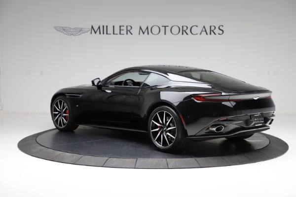 Used 2018 Aston Martin DB11 V12 for sale $159,990 at Pagani of Greenwich in Greenwich CT 06830 3