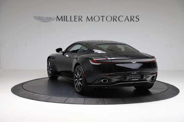 Used 2018 Aston Martin DB11 V12 for sale $159,990 at Pagani of Greenwich in Greenwich CT 06830 4