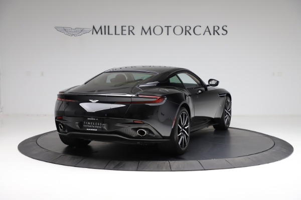 Used 2018 Aston Martin DB11 V12 for sale $159,990 at Pagani of Greenwich in Greenwich CT 06830 6
