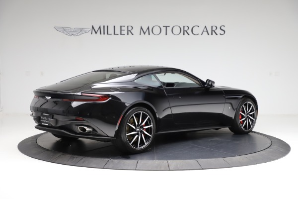Used 2018 Aston Martin DB11 V12 for sale $159,990 at Pagani of Greenwich in Greenwich CT 06830 7