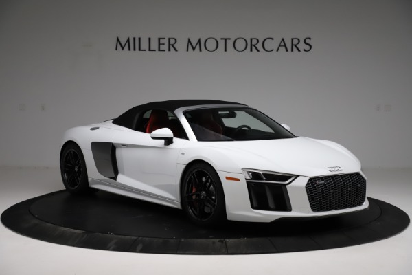 Used 2018 Audi R8 Spyder for sale $154,900 at Pagani of Greenwich in Greenwich CT 06830 14