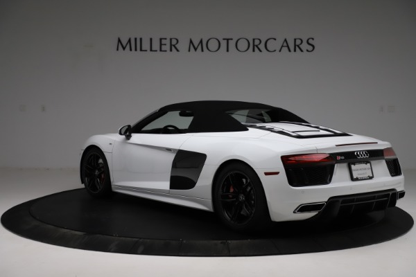 Used 2018 Audi R8 Spyder for sale $154,900 at Pagani of Greenwich in Greenwich CT 06830 18