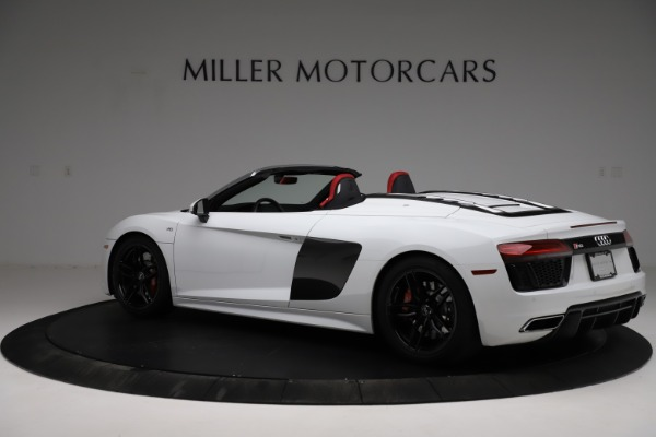 Used 2018 Audi R8 Spyder for sale $154,900 at Pagani of Greenwich in Greenwich CT 06830 4