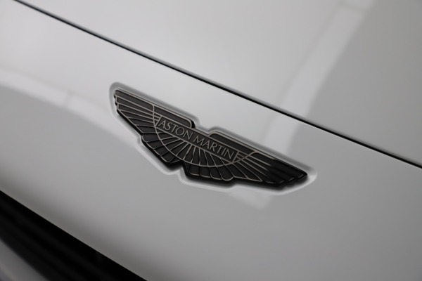 New 2021 Aston Martin DBX for sale $210,386 at Pagani of Greenwich in Greenwich CT 06830 25