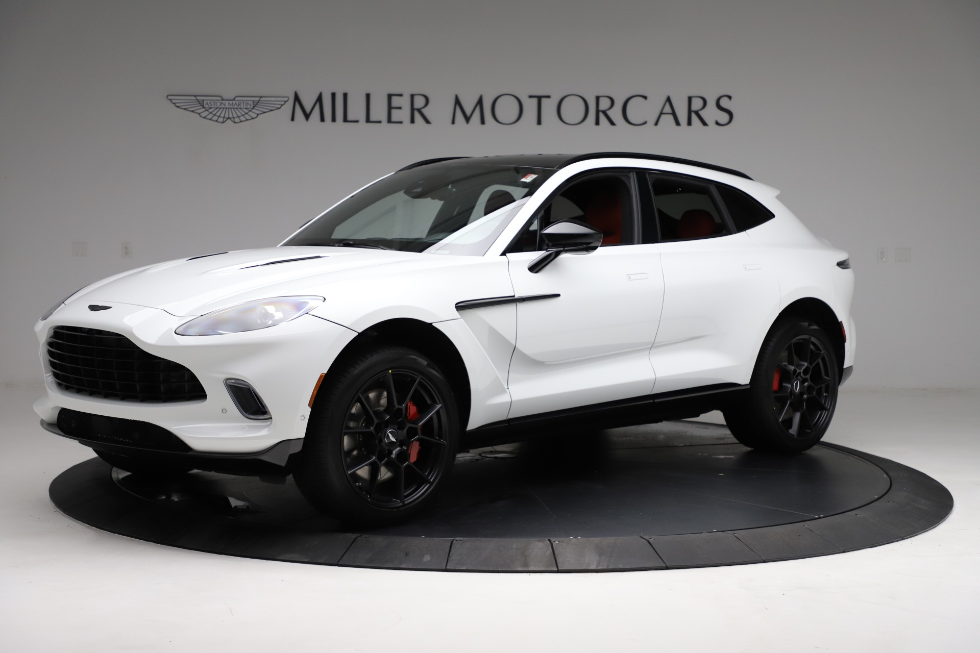 New 2021 Aston Martin DBX for sale $210,386 at Pagani of Greenwich in Greenwich CT 06830 1