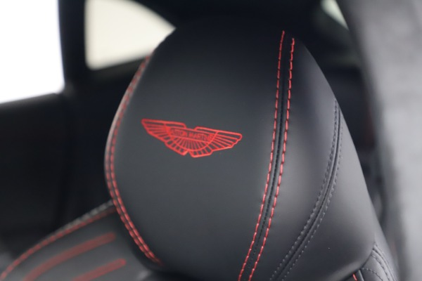New 2021 Aston Martin DBX for sale $206,286 at Pagani of Greenwich in Greenwich CT 06830 22