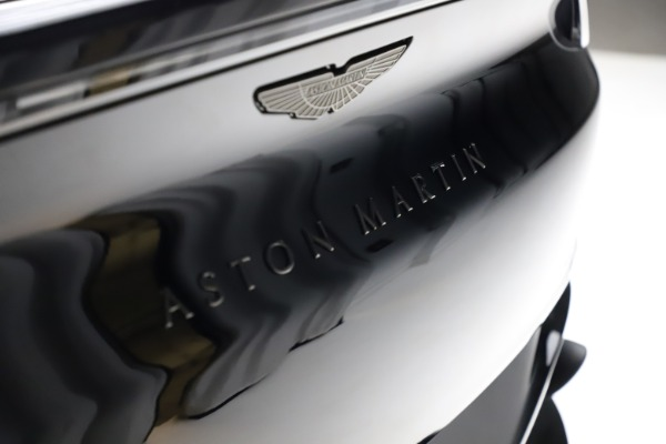 New 2021 Aston Martin DBX for sale $206,286 at Pagani of Greenwich in Greenwich CT 06830 23