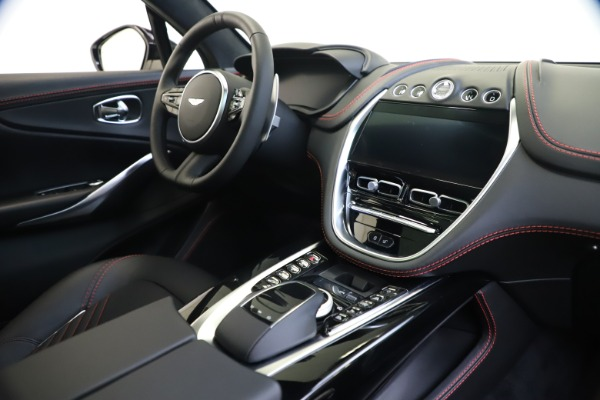 New 2021 Aston Martin DBX for sale $206,286 at Pagani of Greenwich in Greenwich CT 06830 19