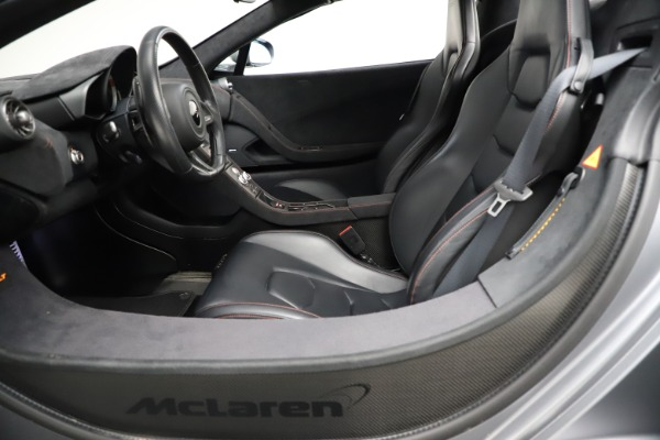 Used 2016 McLaren 675LT Spider for sale $275,900 at Pagani of Greenwich in Greenwich CT 06830 23