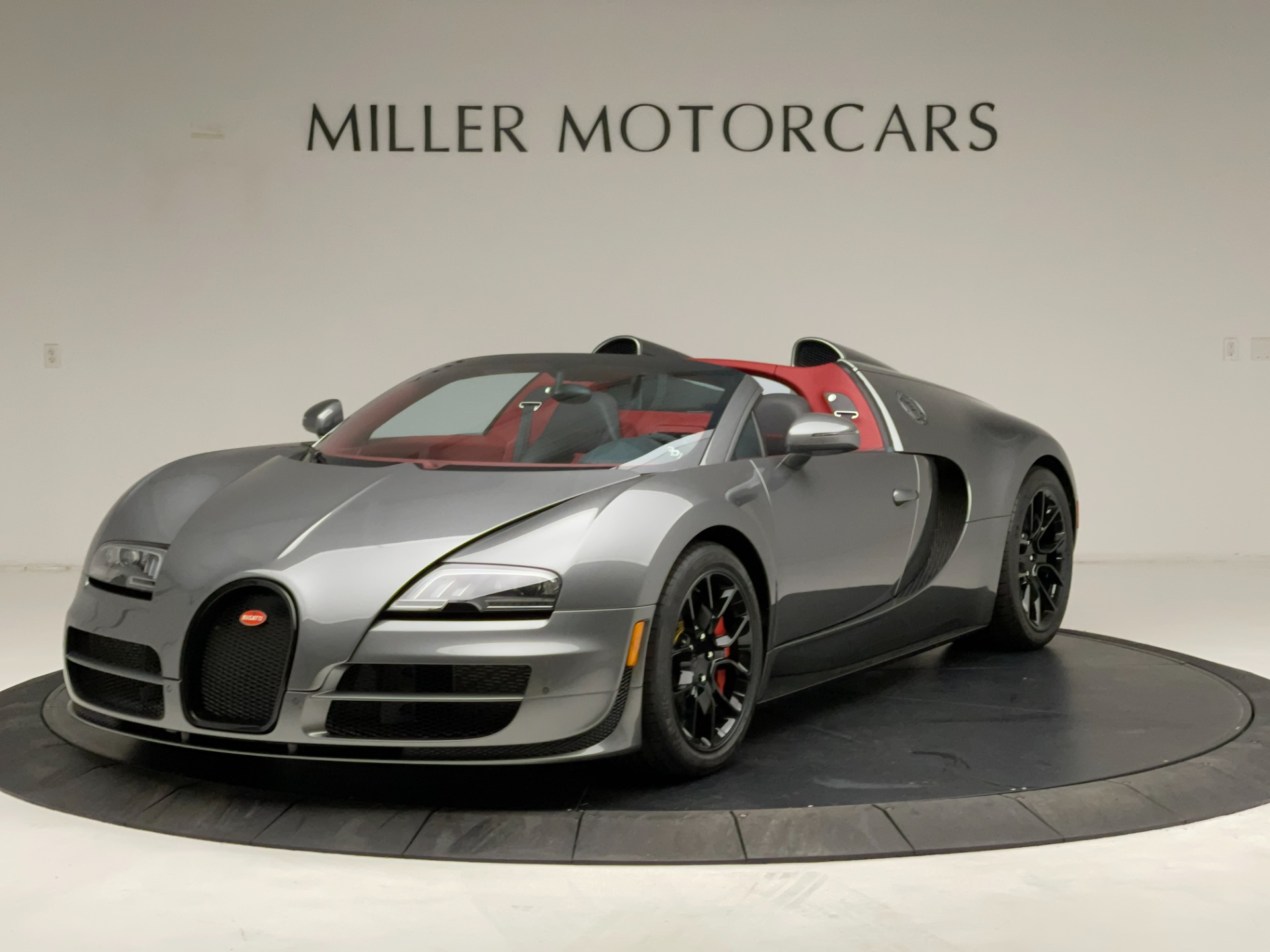 Used 2013 Bugatti Veyron 16.4 Grand Sport Vitesse for sale Call for price at Pagani of Greenwich in Greenwich CT 06830 1