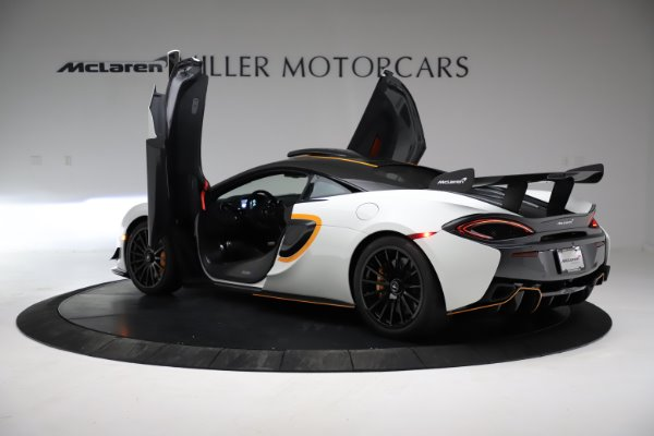 New 2020 McLaren 620R for sale $312,605 at Pagani of Greenwich in Greenwich CT 06830 12