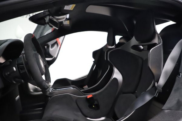New 2020 McLaren 620R for sale $312,605 at Pagani of Greenwich in Greenwich CT 06830 19