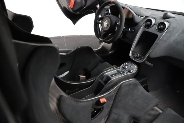 New 2020 McLaren 620R for sale $312,605 at Pagani of Greenwich in Greenwich CT 06830 20