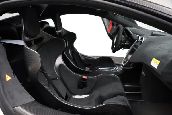 New 2020 McLaren 620R for sale $312,605 at Pagani of Greenwich in Greenwich CT 06830 21