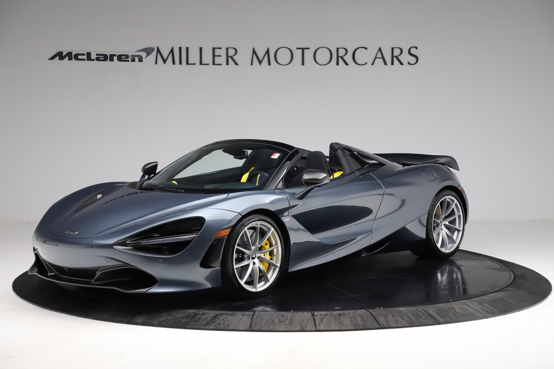 New 2021 McLaren 720S Spider for sale $351,450 at Pagani of Greenwich in Greenwich CT 06830 1