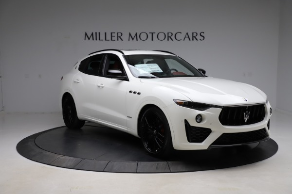 New 2021 Maserati Levante Q4 GranSport for sale $95,835 at Pagani of Greenwich in Greenwich CT 06830 15