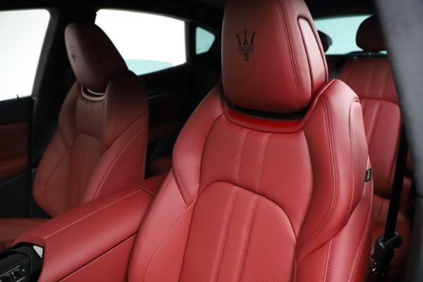 New 2021 Maserati Levante Q4 GranSport for sale $95,835 at Pagani of Greenwich in Greenwich CT 06830 17