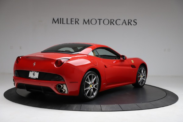 Used 2010 Ferrari California for sale $114,900 at Pagani of Greenwich in Greenwich CT 06830 16