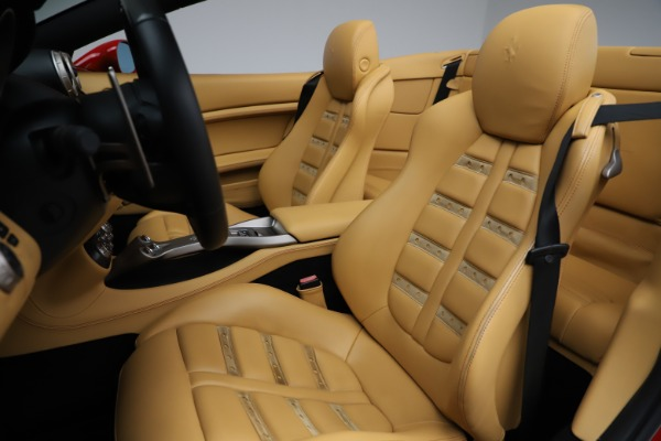 Used 2010 Ferrari California for sale $114,900 at Pagani of Greenwich in Greenwich CT 06830 21