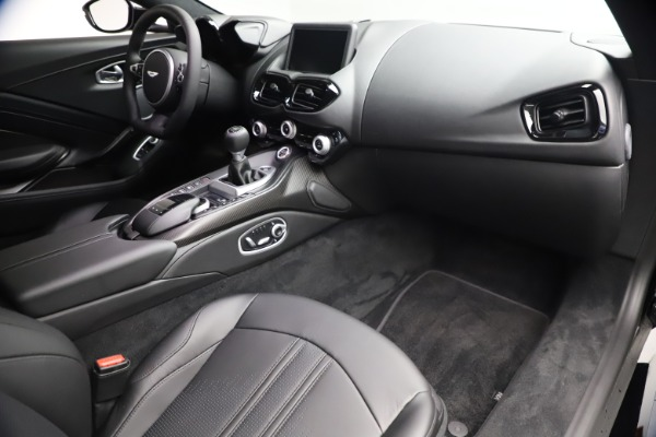 New 2021 Aston Martin Vantage for sale $178,986 at Pagani of Greenwich in Greenwich CT 06830 19