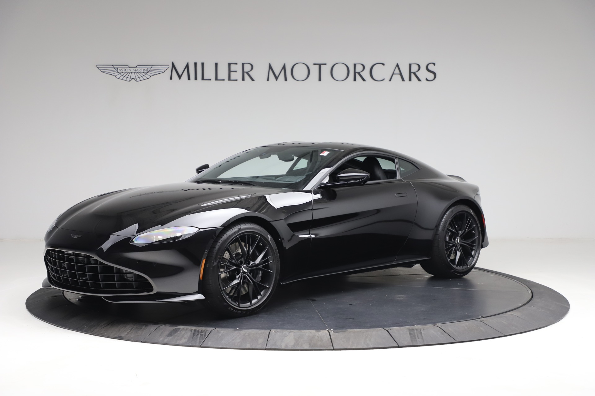 New 2021 Aston Martin Vantage for sale $178,986 at Pagani of Greenwich in Greenwich CT 06830 1