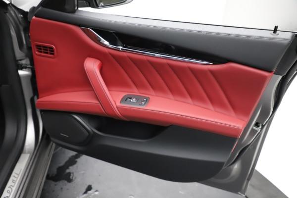 New 2021 Maserati Quattroporte S Q4 GranLusso for sale $122,435 at Pagani of Greenwich in Greenwich CT 06830 23