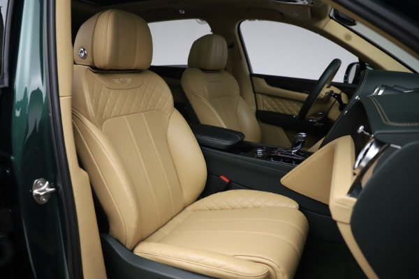 Used 2018 Bentley Bentayga W12 Signature for sale $159,900 at Pagani of Greenwich in Greenwich CT 06830 26