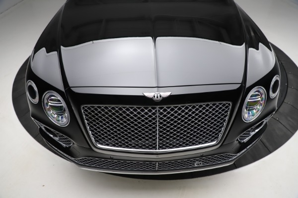 Used 2018 Bentley Bentayga W12 Signature for sale $153,900 at Pagani of Greenwich in Greenwich CT 06830 14