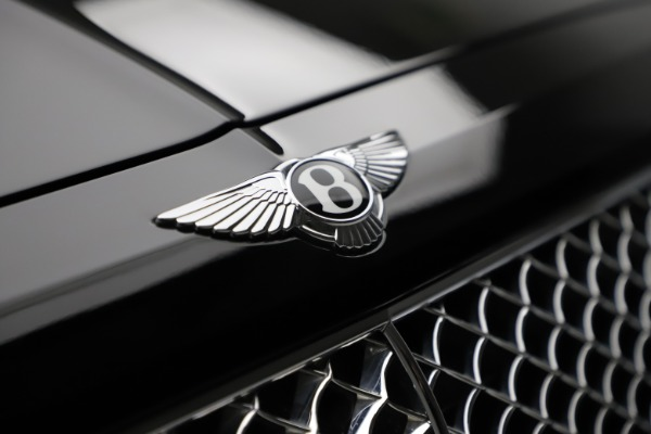 Used 2018 Bentley Bentayga W12 Signature for sale $153,900 at Pagani of Greenwich in Greenwich CT 06830 15