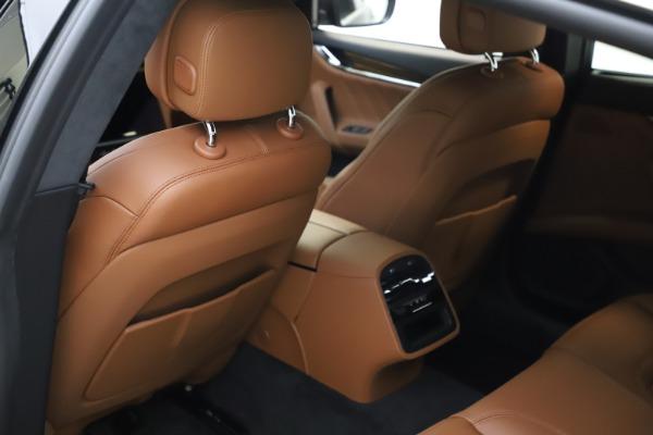 New 2021 Maserati Quattroporte S Q4 GranLusso for sale $123,549 at Pagani of Greenwich in Greenwich CT 06830 17