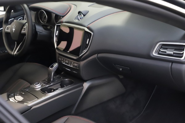 New 2021 Maserati Ghibli S Q4 for sale $86,654 at Pagani of Greenwich in Greenwich CT 06830 21