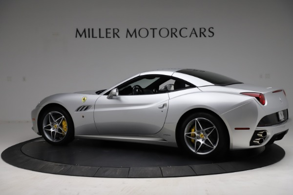 Used 2010 Ferrari California for sale $114,900 at Pagani of Greenwich in Greenwich CT 06830 17