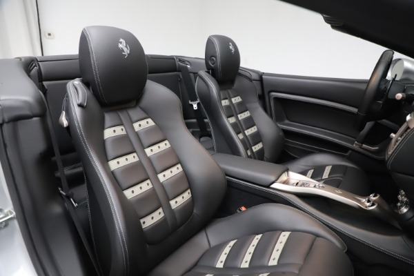 Used 2010 Ferrari California for sale $114,900 at Pagani of Greenwich in Greenwich CT 06830 28