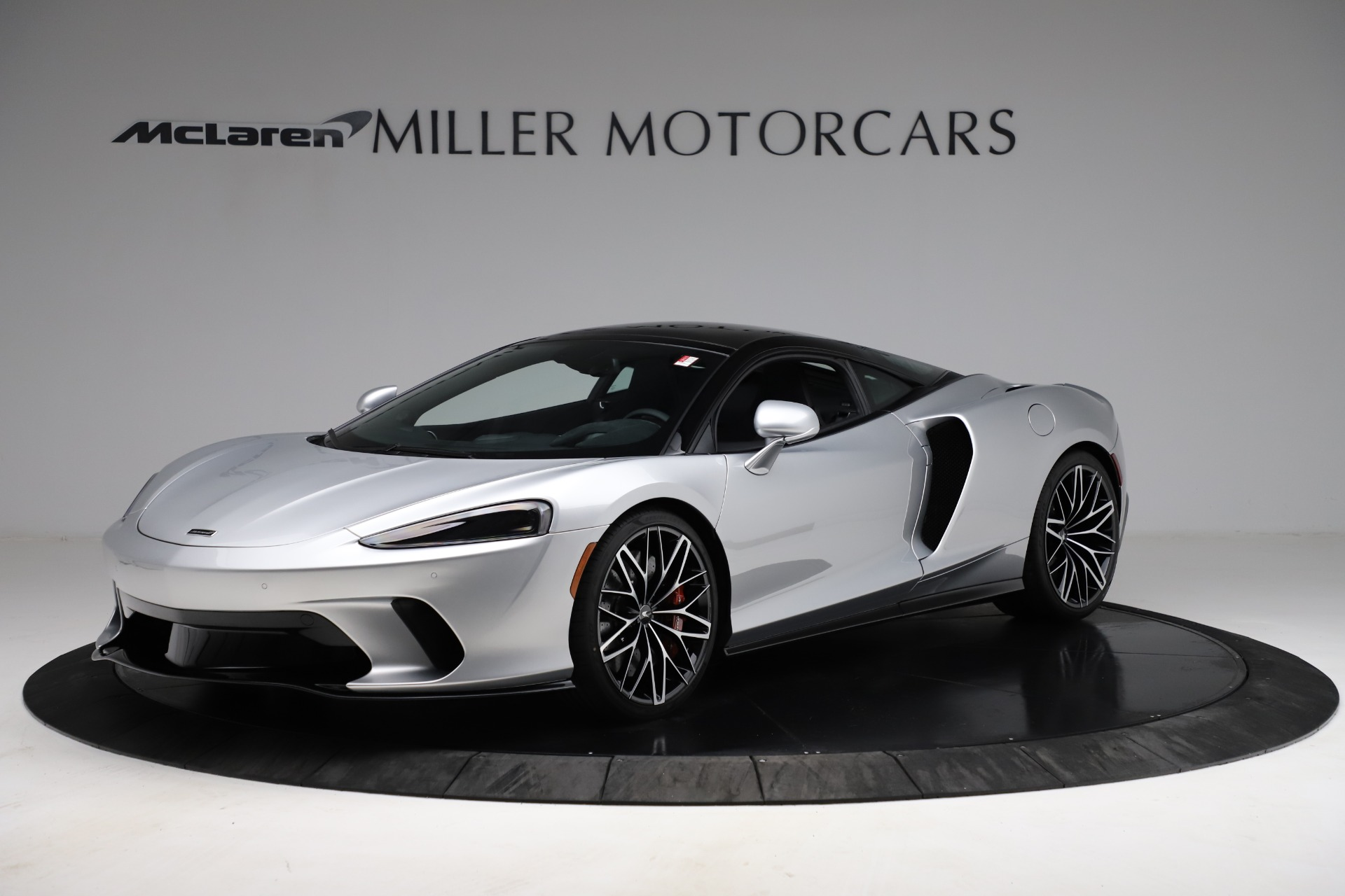 New 2021 McLaren GT Pioneer for sale $214,005 at Pagani of Greenwich in Greenwich CT 06830 1