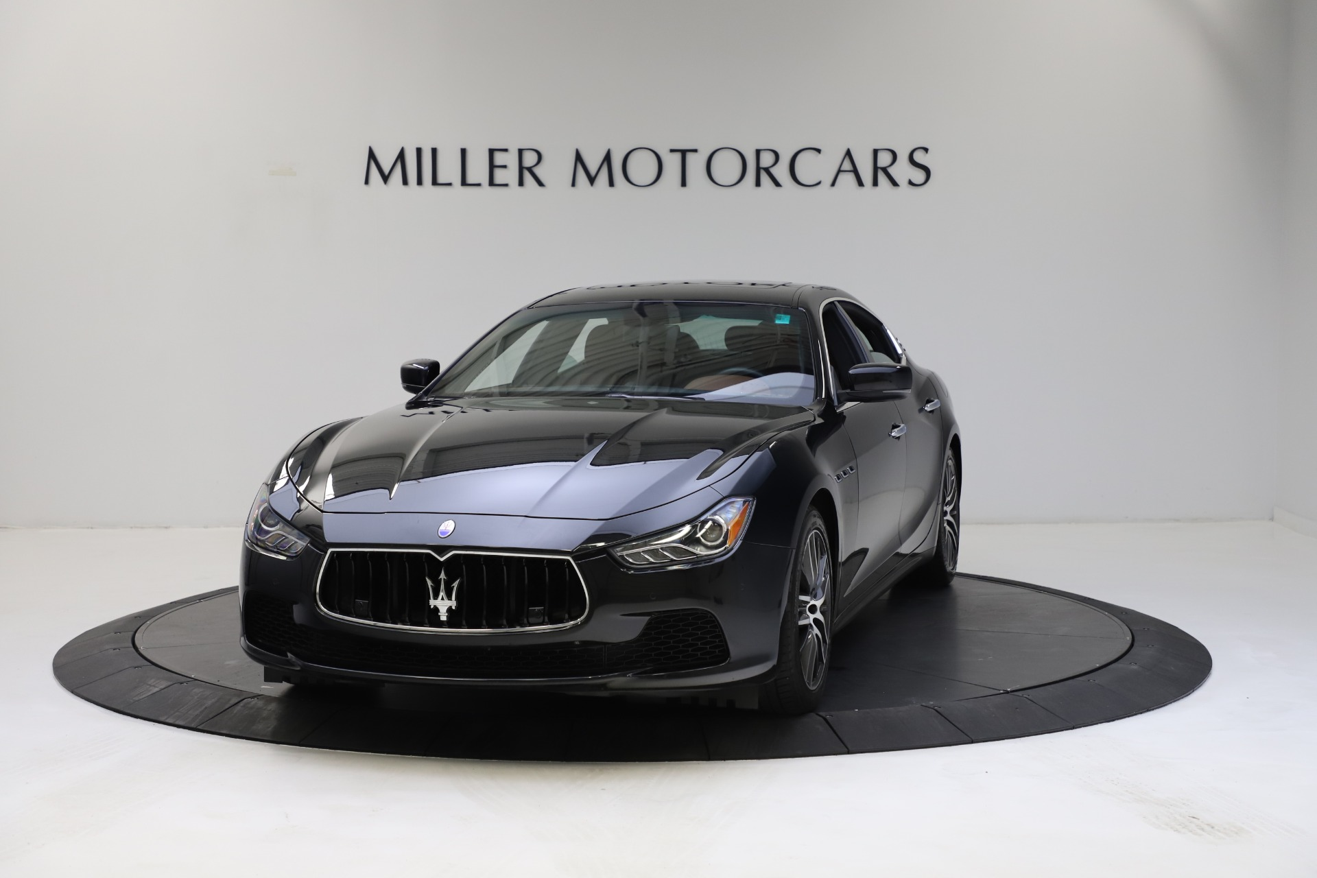 Used 2014 Maserati Ghibli S Q4 for sale $29,900 at Pagani of Greenwich in Greenwich CT 06830 1